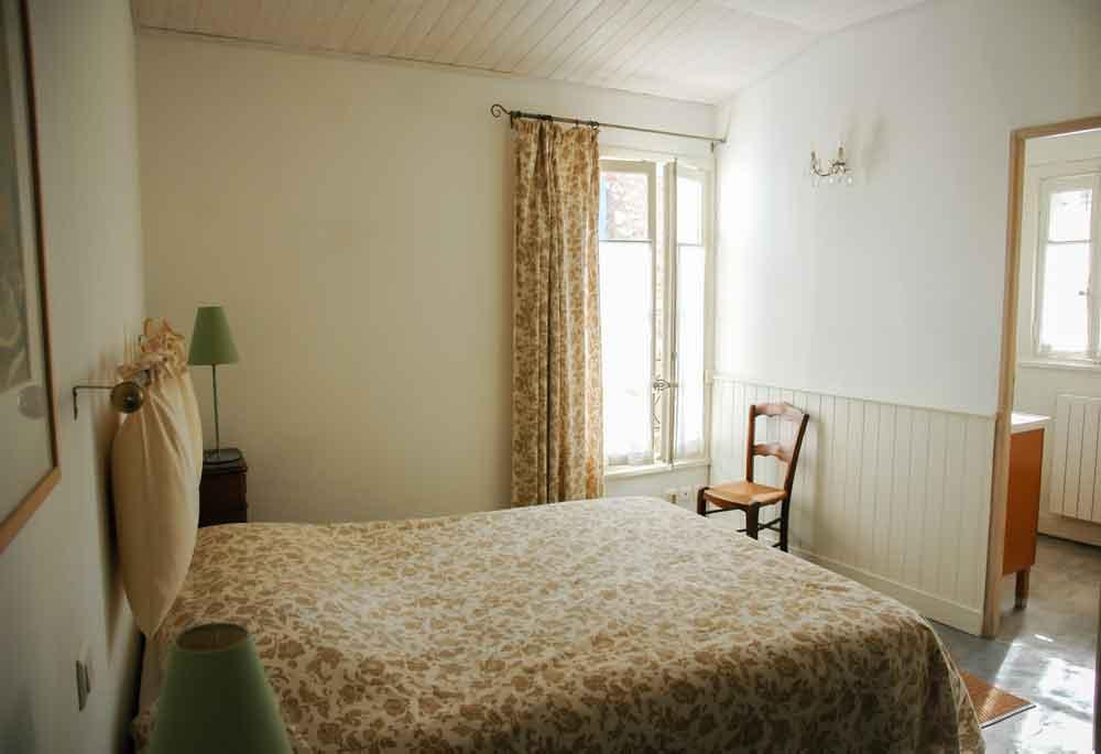 chambre lit double rdc